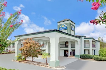 Hotel - Days Inn & Suites by Wyndham Stockbridge South Atlanta