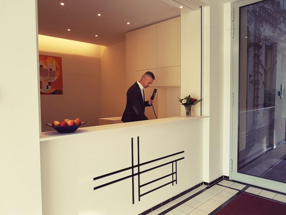 アート ホテル シャルロッテンブルガー ホフ