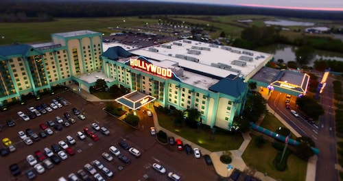 . Hollywood Casino Tunica