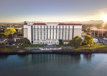 Hotel - Embassy Suites by Hilton San Francisco Airport Waterfront