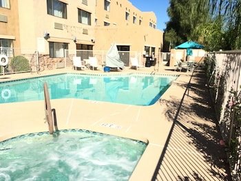 Hotel - Red Lion Inn & Suites Goodyear Phoenix