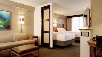 Deluxe Room, Multiple Beds (High Floor)
