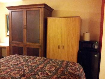 Double Room, 2 Queen Beds, Smoking