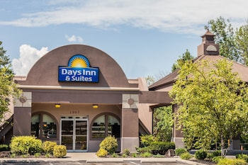Hotel - Days Inn & Suites by Wyndham Lexington