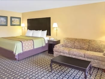 Days Inn by Wyndham Andalusia - Guestroom  - #0