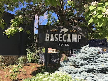 Hotel - Basecamp Boulder