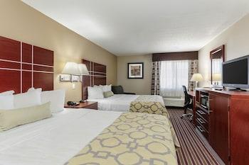 鮑靈格林溫德姆貝蒙特飯店 Baymont by Wyndham Bowling Green