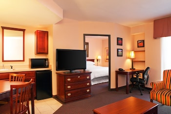 Four Points by Sheraton West Lafayette - Guestroom  - #0
