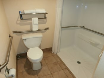 Quality Inn Aiken - Bathroom  - #0