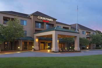 4 2 Miles From Blossom Music Center Courtyard By Marriott Akron Fairlawn Photo