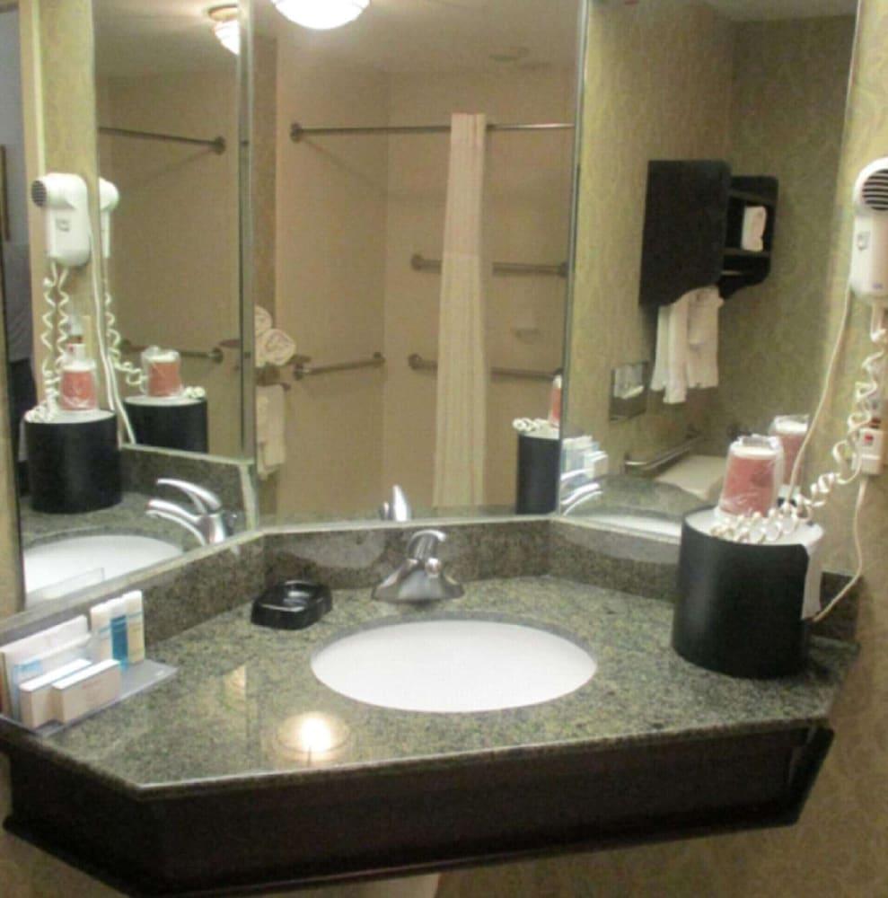 Surestay Plus Hotel By Best Western Norman Norman Ok 309 Norman
