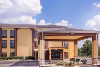 Hotel - Howard Johnson by Wyndham Spartanburg - Expo Center