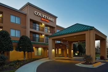 Courtyard by Marriott Chesapeake photo