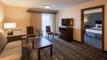 Suite, 2 Queen Beds, Non Smoking, Balcony