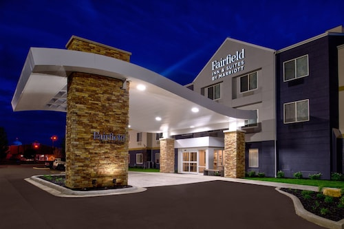 . Fairfield Inn & Suites by Marriott Beloit