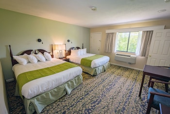 Standard Room, 2 Queen Beds, Mountain View