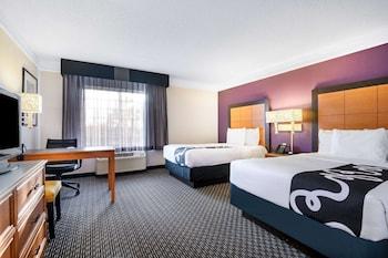 北默特爾比奇布羅德威區溫德姆拉昆塔套房飯店 La Quinta Inn & Suites by Wyndham Myrtle Beach Broadway Area