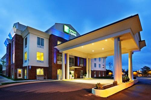 . Holiday Inn Express White House, an IHG Hotel