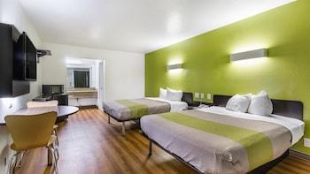 Deluxe Room, 2 Queen Beds, Smoking, Refrigerator & Microwave