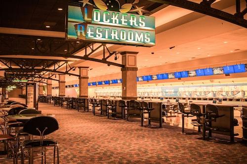 Texas Station Gambling Hall and Hotel image 14