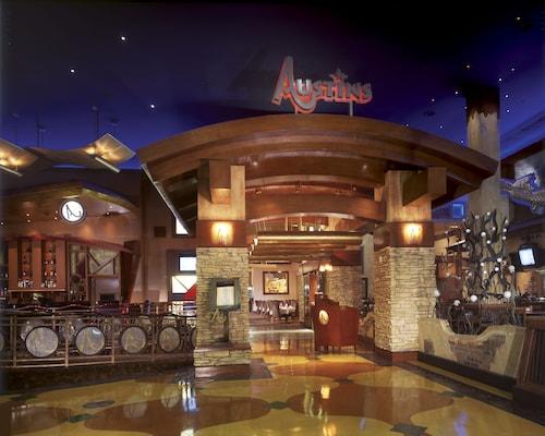 Texas Station Gambling Hall and Hotel image 39