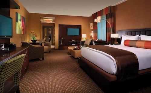 Golden Nugget Las Vegas Hotel & Casino image 59