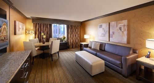 Golden Nugget Las Vegas Hotel & Casino image 19