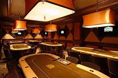 Golden Nugget Las Vegas Hotel & Casino image 38