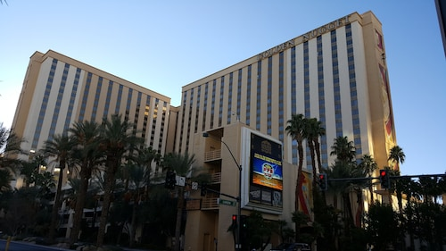 Golden Nugget Las Vegas Hotel & Casino image 96