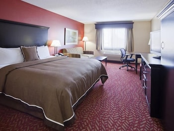 Hotel - GrandStay Hotel & Suites