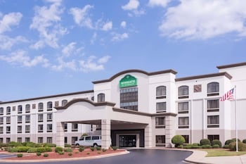 Hotel - Wingate by Wyndham - Greenville-Airport