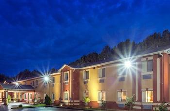 Hotel - Knights Inn Memphis at Macon Cove