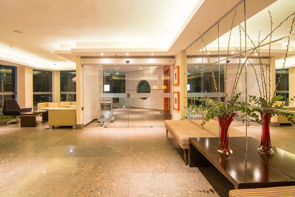 골든 포르탈레자 바이 인터시티(Golden Fortaleza by Intercity) Hotel Image 2 - Lobby