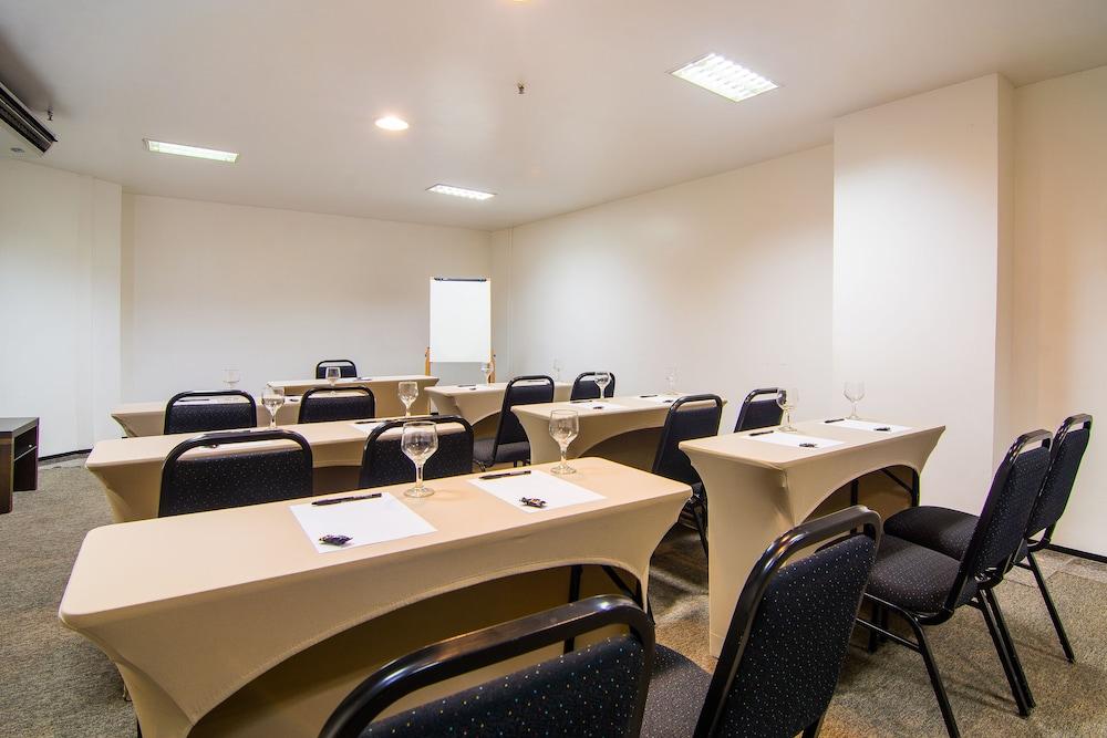 골든 포르탈레자 바이 인터시티(Golden Fortaleza by Intercity) Hotel Image 51 - Meeting Facility