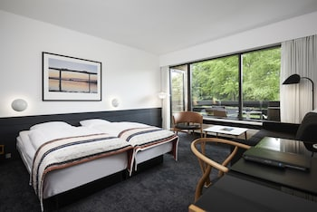 Tek Büyük Yataklı Oda, Balkon