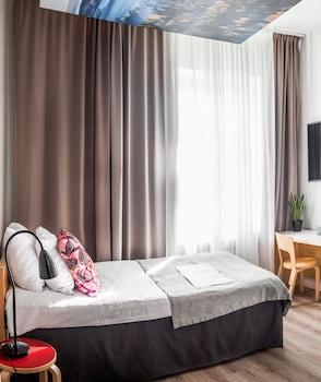 Smart Single Room
