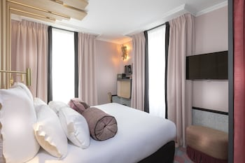 Standard Double Room (Building 1)