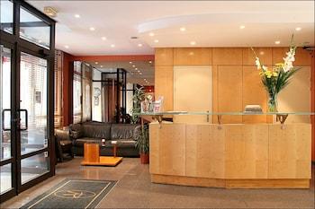 Hotel - Pavillon Villiers Etoile