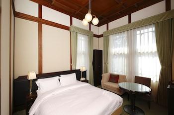 本館スタンダードダブル 禁煙(奈良市街側)|奈良ホテル