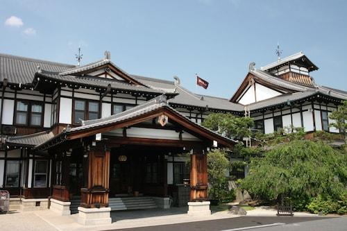 . Nara Hotel