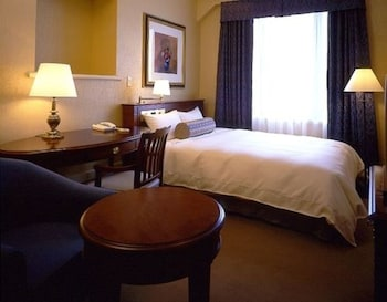 本館  シングルルーム セミダブルベッド 1 台 喫煙可|20㎡|ホテル ニュー グランド