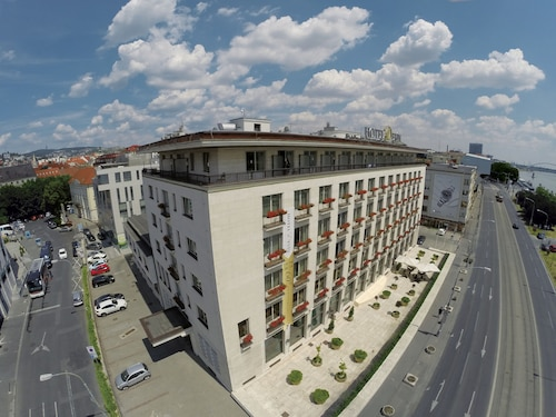 Devin Hotel, Bratislava I