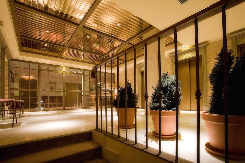 호텔 팔라폭스(Hotel Palafox) Hotel Image 0 - Lobby