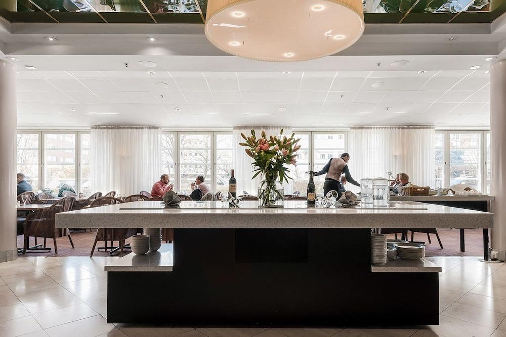 메모리 호텔(Memory Hotel) Hotel Image 37 - Restaurant