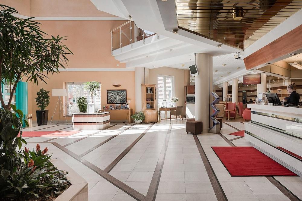 메모리 호텔(Memory Hotel) Hotel Image 3 - Check-in/Check-out Kiosk