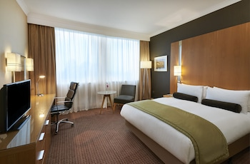 Hotel - Crowne Plaza London Ealing