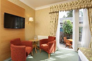 Spacious Double Room - Garden Lodge