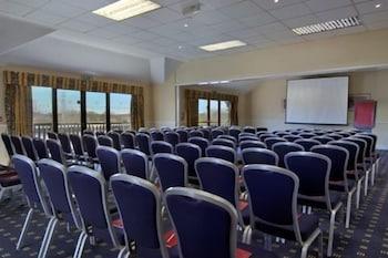리딩 레이크 호텔(The Reading Lake Hotel) Hotel Image 15 - Meeting Facility