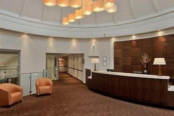 리딩 레이크 호텔(The Reading Lake Hotel) Hotel Image 4 - Reception