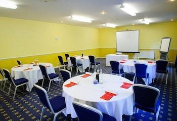리딩 레이크 호텔(The Reading Lake Hotel) Hotel Image 3 - Meeting Facility